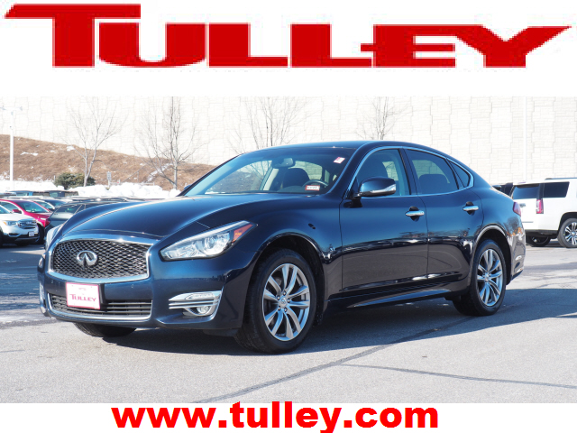 Pre-Owned 2015 INFINITI Q70 4dr Sdn V6 AWD